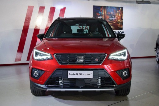 Auto Seat Arona 1.0 EcoTSI 115 CV FR nuova in vendita presso Fratelli Giacomel a 23.850€ - foto numero 2